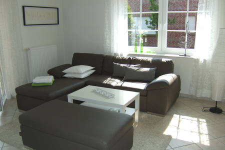 6 personen wohnungen urlaub in gro heide l tetsburg. Black Bedroom Furniture Sets. Home Design Ideas